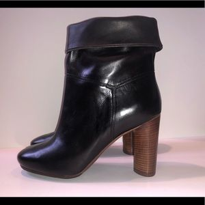 NEW MARC JACOBS Blk below boots size 36